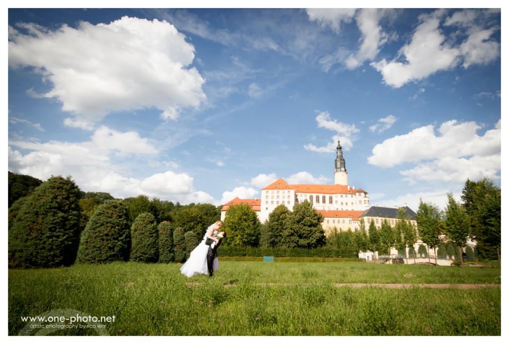 Hochzeitsfotorgraf Pirna Brautpaarshooting Sonnenstein