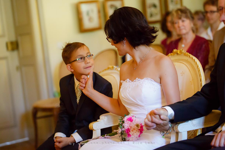 Hochzeit-Landschloss-Zuschendorf-Pirna-Fotograf--13-von-44-Rico Lehr-www.one-photo.net)