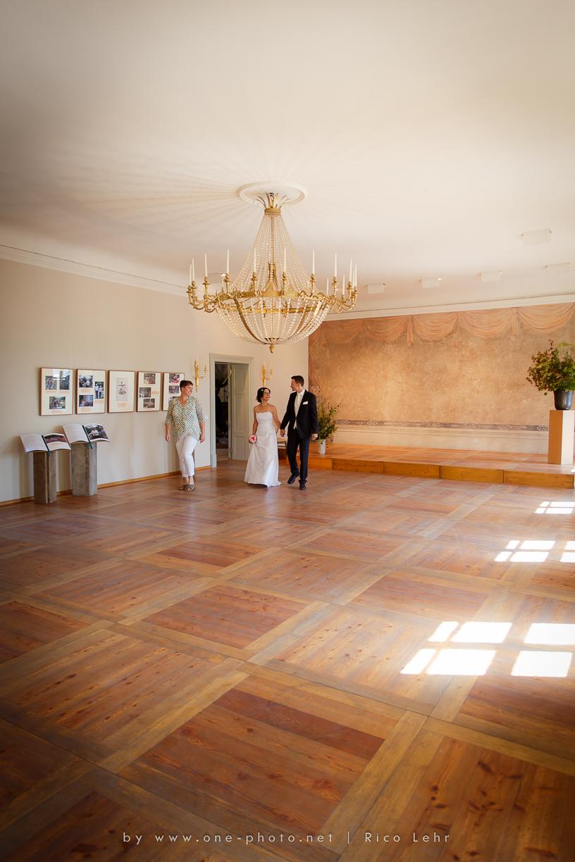 Hochzeit-Landschloss-Zuschendorf-Pirna-Fotograf--17-von-44-Rico Lehr-www.one-photo.net)
